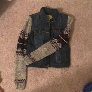 Jean jacket with grey, burgundy and black sleeves!